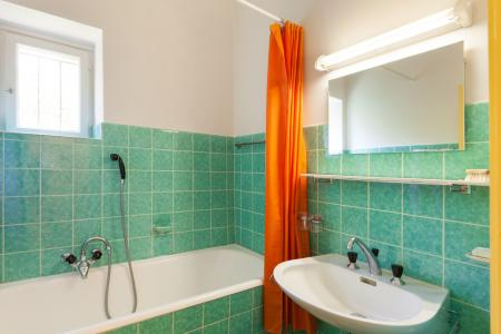 WHAT IF YOUR BATHROOM IS SERIOUSLY DATED?