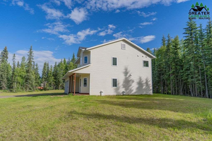 2313 EVENING GLOW COURT, North Pole, Alaska 99705, 3 Bedrooms Bedrooms, ,3 BathroomsBathrooms,Residential,For Sale,EVENING GLOW COURT,144294