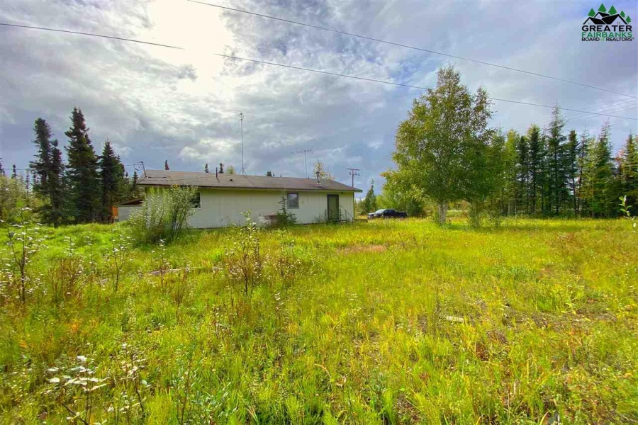 5868 RICHARDSON HIGHWAY, Salcha, Alaska 99714, 2 Bedrooms Bedrooms, ,1 BathroomBathrooms,Residential,For Sale,RICHARDSON HIGHWAY,144959