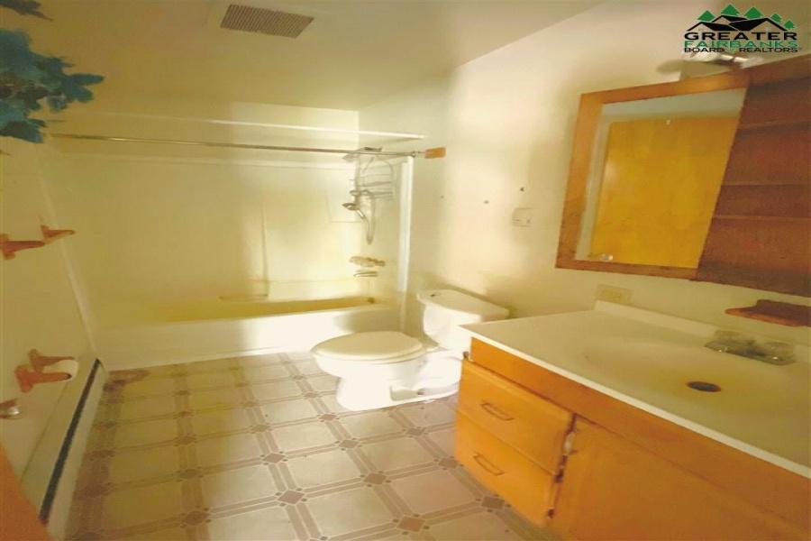 5868 RICHARDSON HIGHWAY, Salcha, Alaska 99714, 2 Bedrooms Bedrooms, ,1 BathroomBathrooms,Residential,For Sale,RICHARDSON HIGHWAY,144959