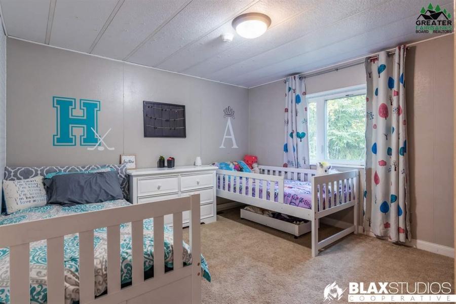 2425 EDSSON AVENUE, North Pole, Alaska 99705, 3 Bedrooms Bedrooms, ,2 BathroomsBathrooms,Residential,For Sale,EDSSON AVENUE,145143