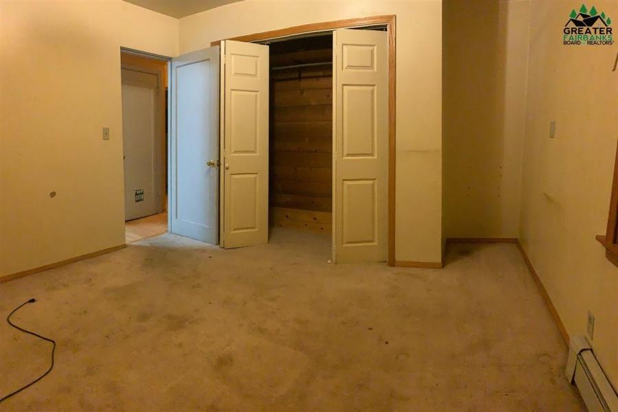 1421 MARY ANN STREET, Fairbanks, Alaska 99701, 4 Bedrooms Bedrooms, ,2 BathroomsBathrooms,Residential,For Sale,MARY ANN STREET,145360
