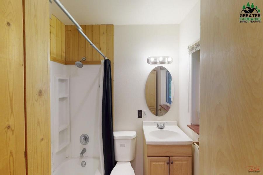 504 BEACON ROAD, Fairbanks, Alaska 99712, 3 Bedrooms Bedrooms, ,3 BathroomsBathrooms,Residential,For Sale,BEACON ROAD,145429