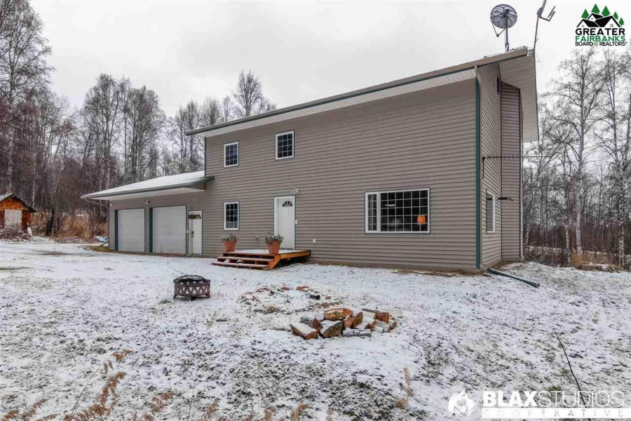 1657 GOLD POKE DRIVE, Fairbanks, Alaska 99712, 5 Bedrooms Bedrooms, ,3 BathroomsBathrooms,Residential,For Sale,GOLD POKE DRIVE,145456