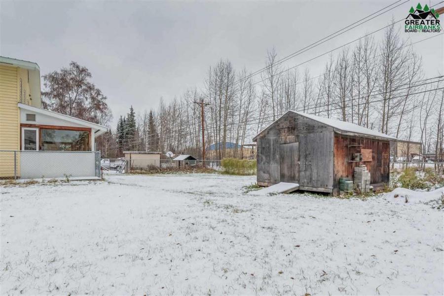 1915 SOUTHERN AVENUE, Fairbanks, Alaska 99701, 5 Bedrooms Bedrooms, ,3 BathroomsBathrooms,Residential,For Sale,SOUTHERN AVENUE,145458