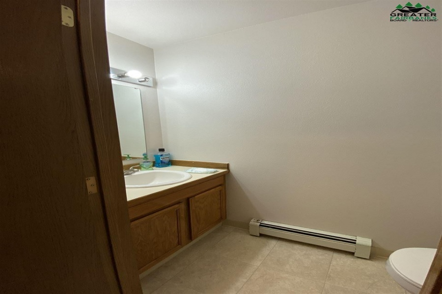 1313 28TH AVENUE, Fairbanks, Alaska 99701, 3 Bedrooms Bedrooms, ,2 BathroomsBathrooms,Residential,For Sale,28TH AVENUE,145546