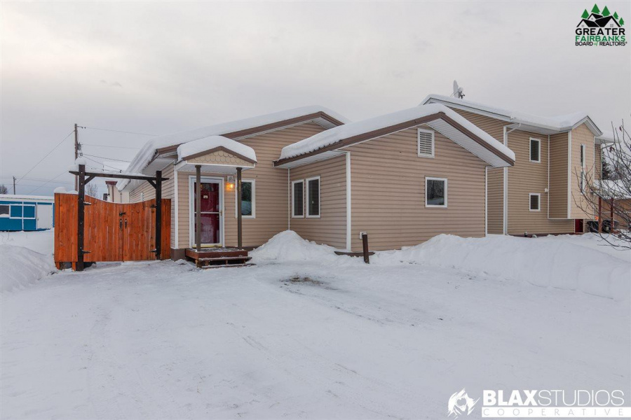 817 25TH AVENUE, Fairbanks, Alaska 99701, 3 Bedrooms Bedrooms, ,1 BathroomBathrooms,Residential,For Sale,25TH AVENUE,145622