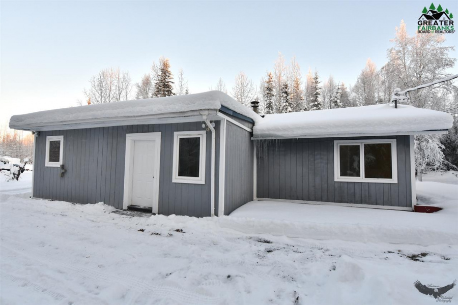 2399 POPPY DRIVE, North Pole, Alaska 99705, 3 Bedrooms Bedrooms, ,1 BathroomBathrooms,Residential,For Sale,POPPY DRIVE,145631
