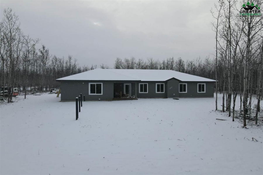 4150 CENTER DRIVE, Delta Junction, Alaska 99737, 4 Bedrooms Bedrooms, ,2 BathroomsBathrooms,Residential,For Sale,CENTER DRIVE,144157