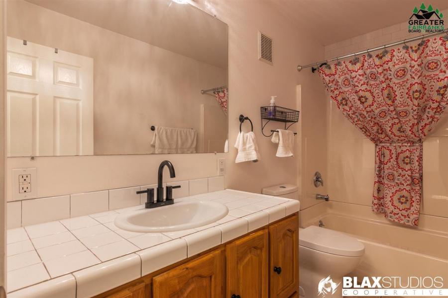 2180 ARMORICA DRIVE, North Pole, Alaska 99705, 3 Bedrooms Bedrooms, ,3 BathroomsBathrooms,Residential,For Sale,ARMORICA DRIVE,145654
