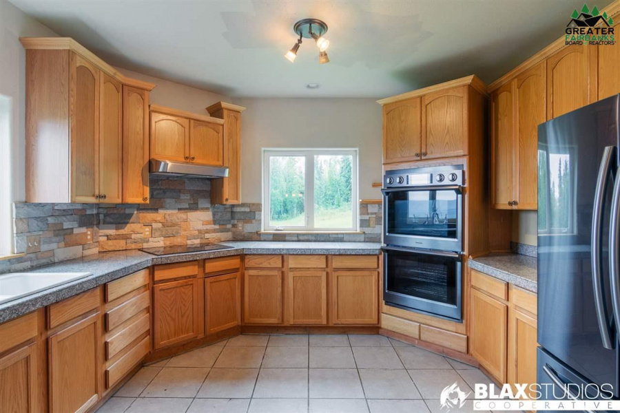 360 LEUTHOLD DRIVE, Fairbanks, Alaska 99712, 5 Bedrooms Bedrooms, ,4 BathroomsBathrooms,Residential,For Sale,LEUTHOLD DRIVE,145663