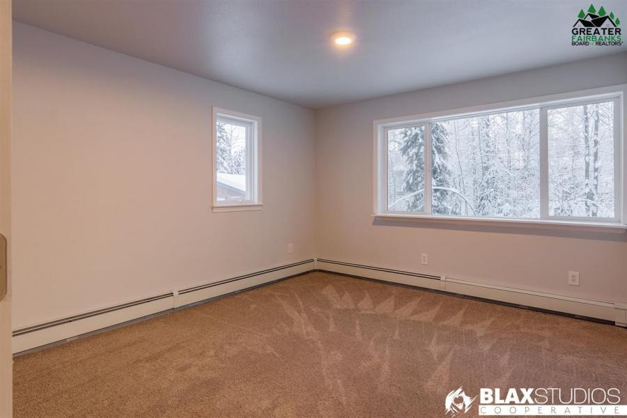 2557 GORDON ROAD, North Pole, Alaska 99705, 3 Bedrooms Bedrooms, ,2 BathroomsBathrooms,Residential,For Sale,GORDON ROAD,145665
