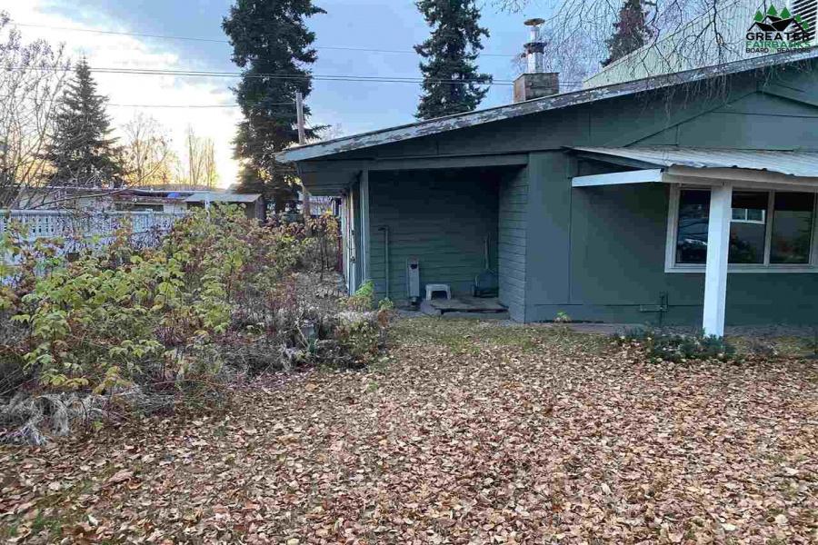 15 ROSELLA AVENUE, Fairbanks, Alaska 99701, 2 Bedrooms Bedrooms, ,1 BathroomBathrooms,Residential,For Sale,ROSELLA AVENUE,145861