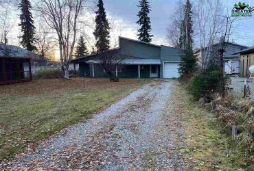15 ROSELLA AVENUE, Fairbanks, Alaska 99701, 3 Bedrooms Bedrooms, ,1 BathroomBathrooms,Residential,For Sale,ROSELLA AVENUE,145861
