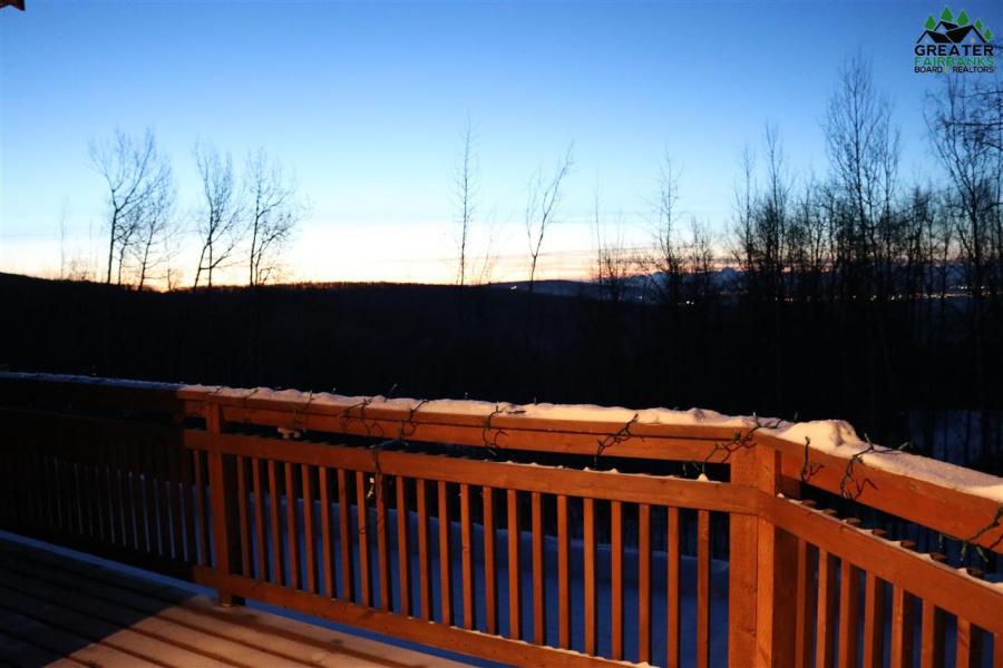 816 ASPEN HEIGHTS DRIVE, Fairbanks, Alaska 99709, 5 Bedrooms Bedrooms, ,3 BathroomsBathrooms,Residential,For Sale,ASPEN HEIGHTS DRIVE,145889