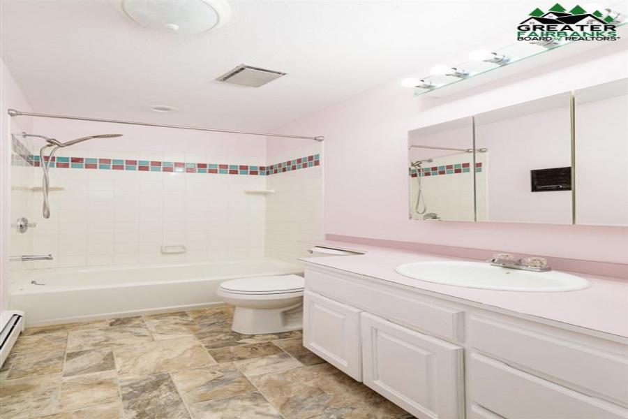 3711 ERICKSON AVENUE, Fairbanks, Alaska 99709, 3 Bedrooms Bedrooms, ,3 BathroomsBathrooms,Residential,For Sale,ERICKSON AVENUE,145890
