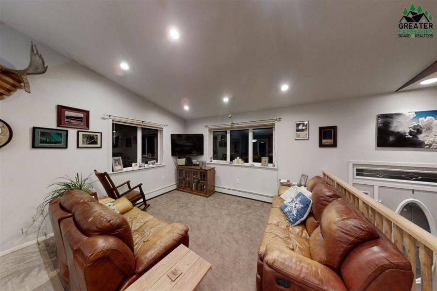 1638 DREDGEVIEW DRIVE, Fairbanks, Alaska 99712, 3 Bedrooms Bedrooms, ,2 BathroomsBathrooms,Residential,For Sale,DREDGEVIEW DRIVE,145917