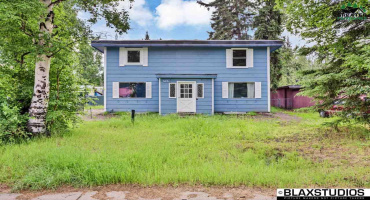 515 FAREWELL AVENUE, Fairbanks, Alaska 99701, ,Multi-family,For Sale,FAREWELL AVENUE,145989
