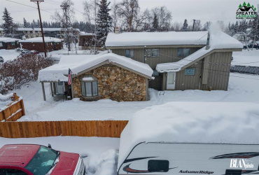 390 HAMILTON AVENUE, Fairbanks, Alaska 99701, 3 Bedrooms Bedrooms, ,4 BathroomsBathrooms,Residential,For Sale,HAMILTON AVENUE,146330