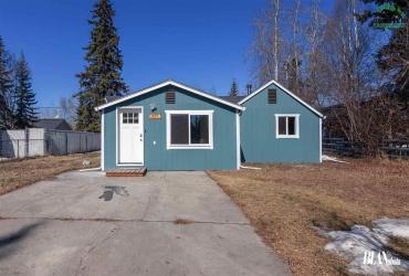420 EUREKA AVENUE, Fairbanks, Alaska 99701, 2 Bedrooms Bedrooms, ,2 BathroomsBathrooms,Residential,For Sale,EUREKA AVENUE,146935