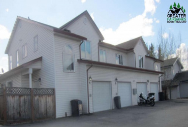 1517-A 27TH AVENUE, Fairbanks, Alaska 99701, 3 Bedrooms Bedrooms, ,3 BathroomsBathrooms,Residential,For Sale,27TH AVENUE,147036